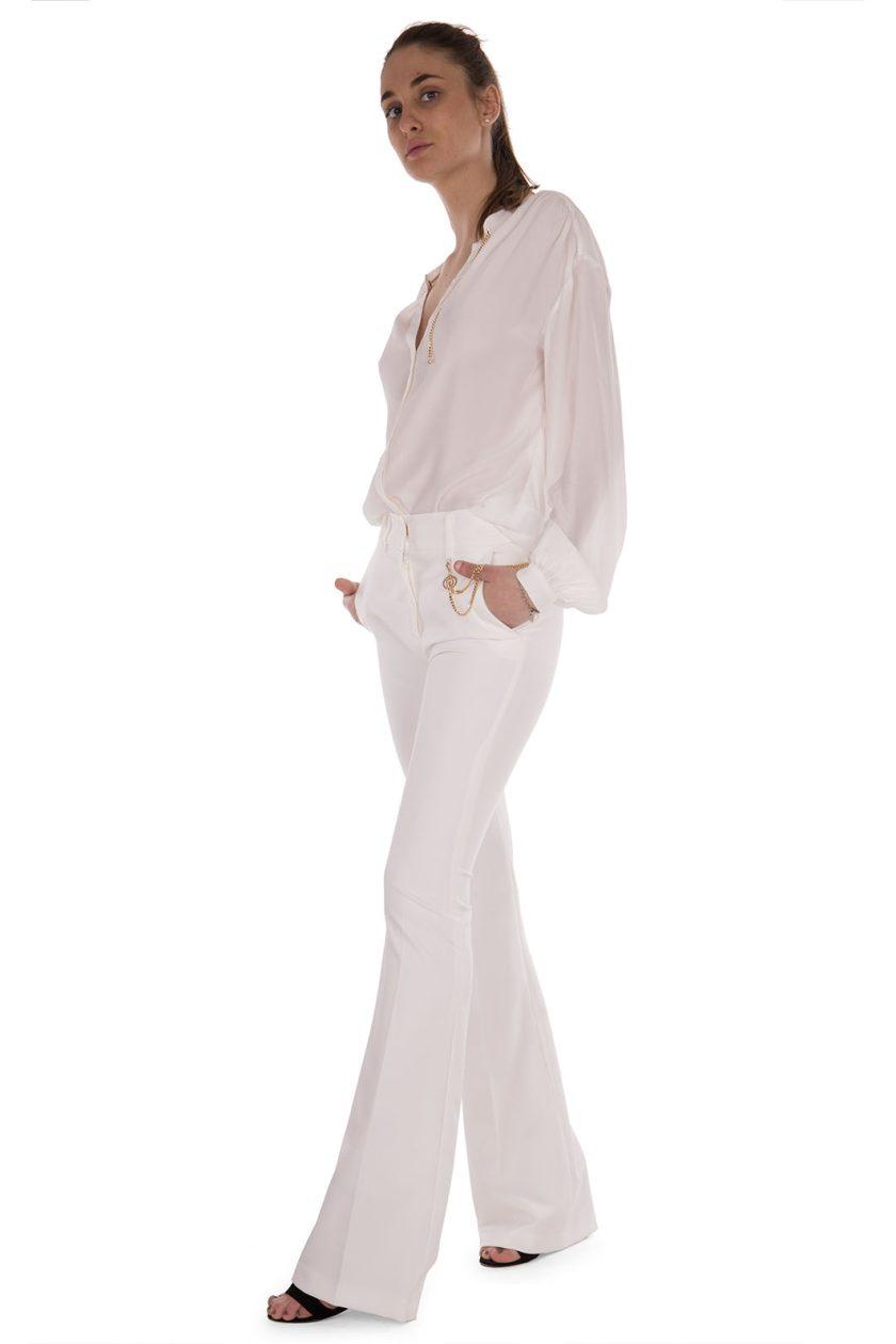 Pantalone bianco a zampa